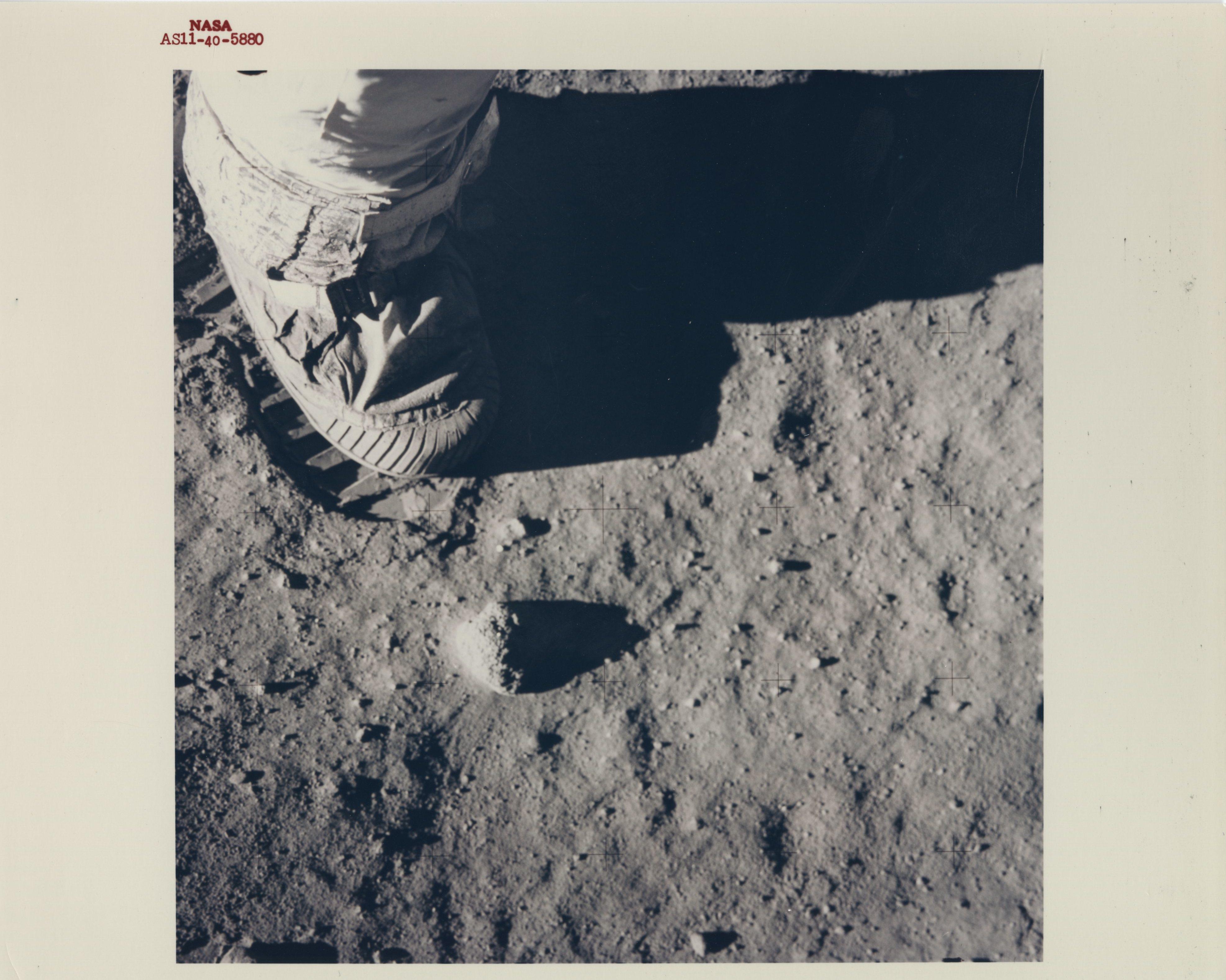 lunarlandingphoto001