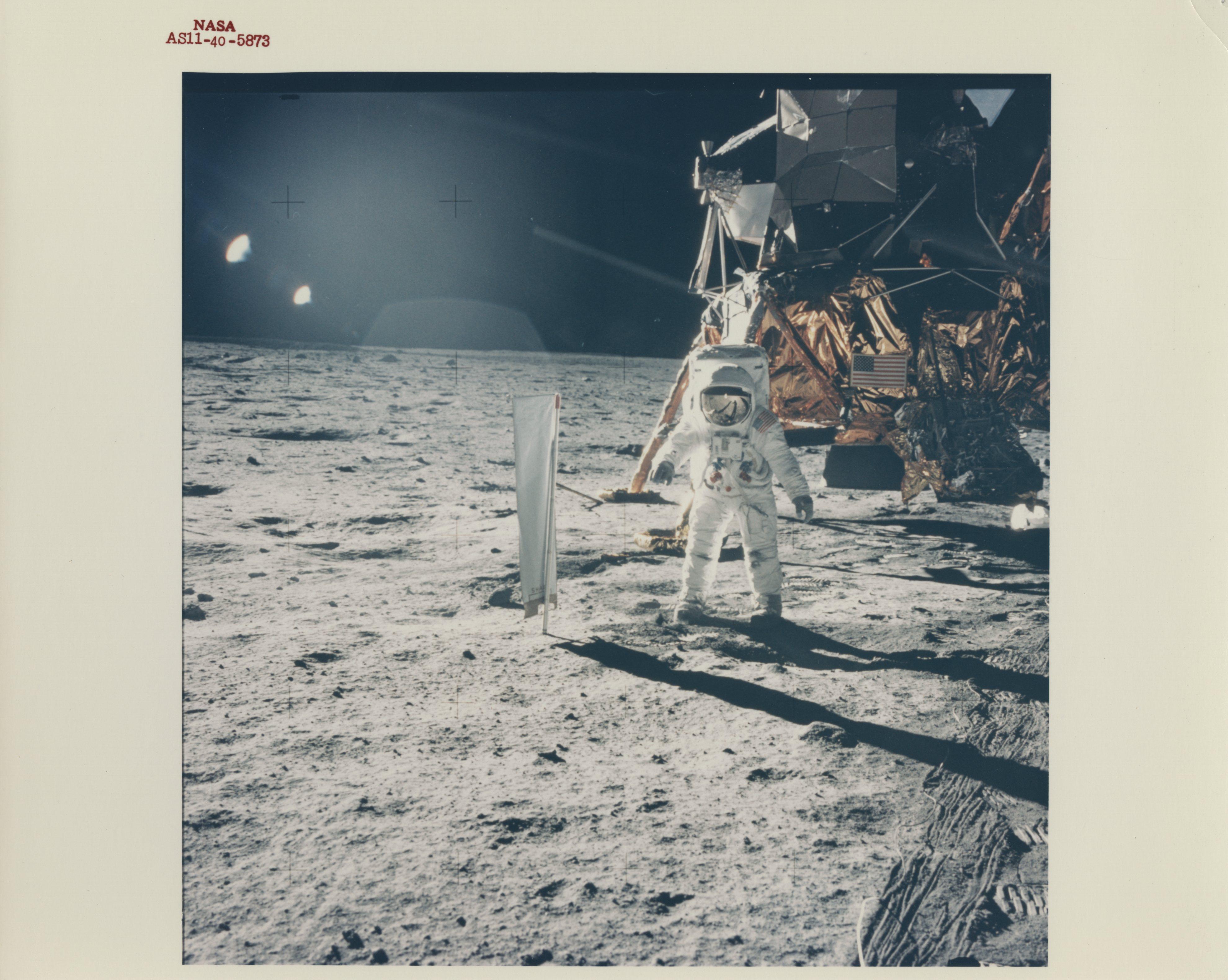 lunarlandingphoto002