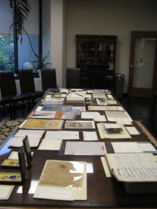Display of materials related to veterans at Special Collections for the Summer Institute
